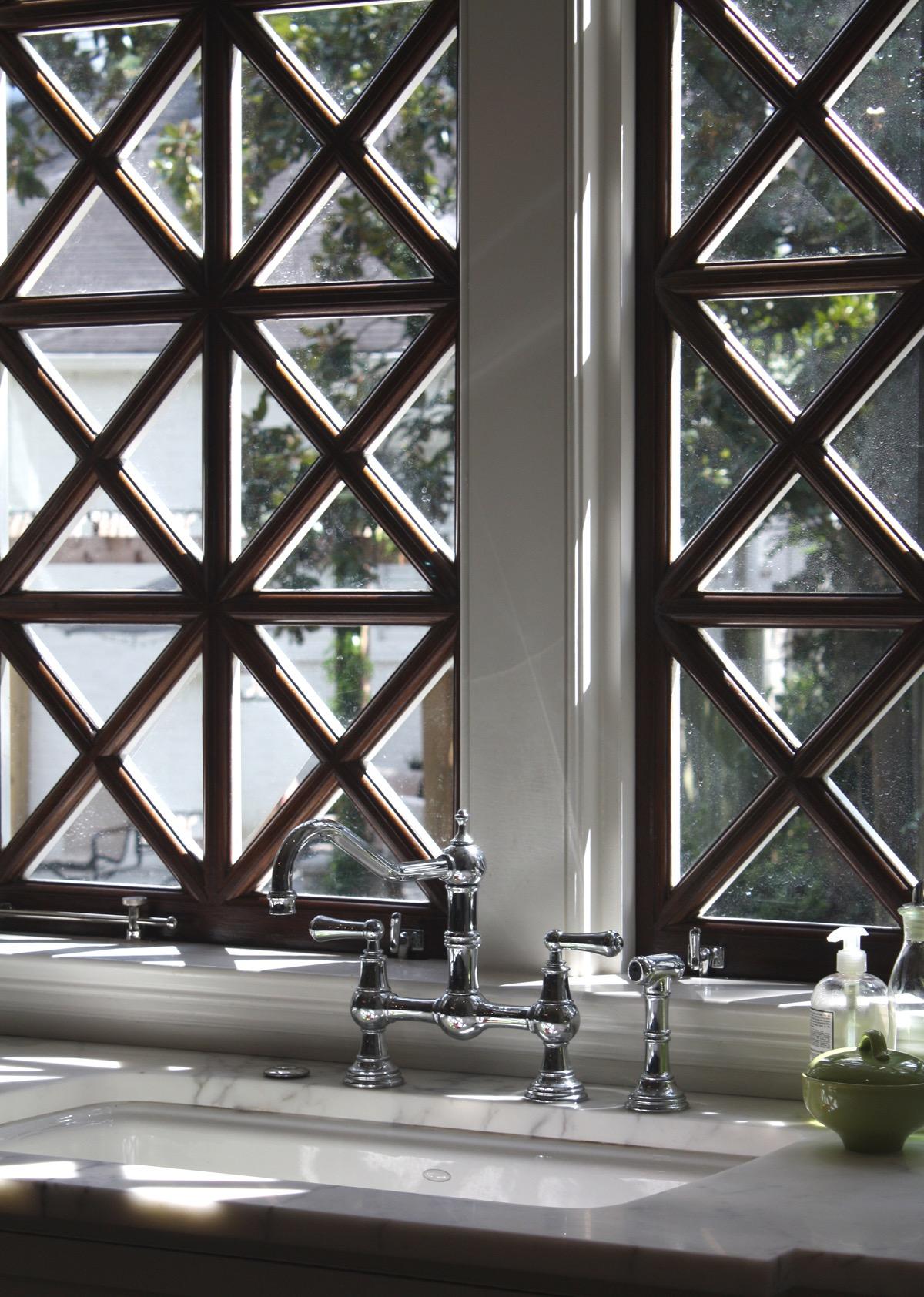 13 M kitchen window detail