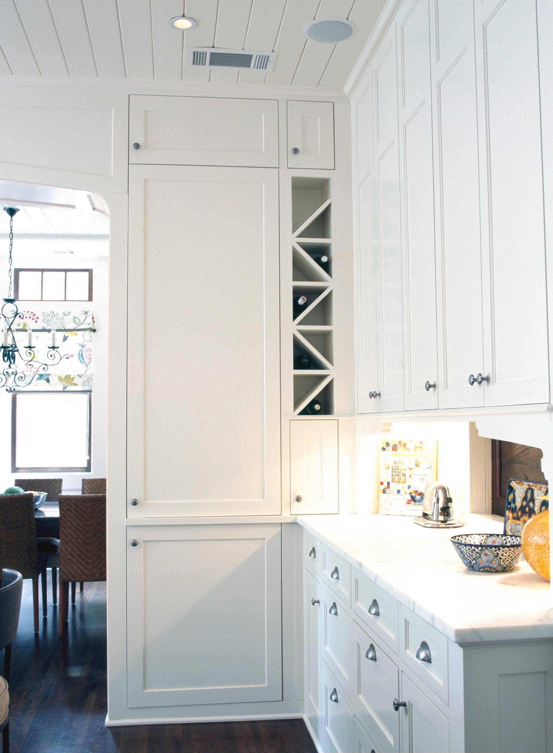 3 M kitchen to wine rack
